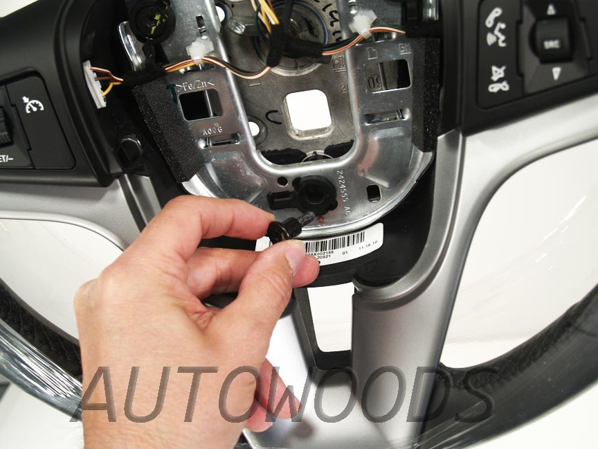 GM Cruze Leather Steering Wheel technical guide